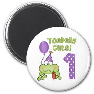 Cumpleaños lindo de Toadally 1r Imanes De Nevera