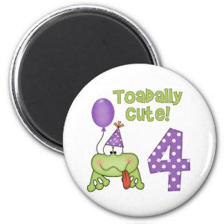 Cumpleaños lindo de Toadally 4to Imanes De Nevera