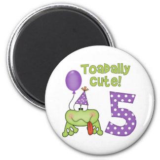 Cumpleaños lindo de Toadally 5to Imán Para Frigorífico