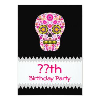 """Cumpleaños mexicano rosado del cráneo del azúcar invitación 5"""" x 7"""""""