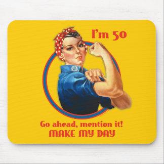 Cumpleaños Mousepad del remachador 50.o de Rosie Alfombrilla De Ratones