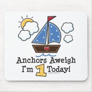 Cumpleaños Mousepad del velero Aweigh de las