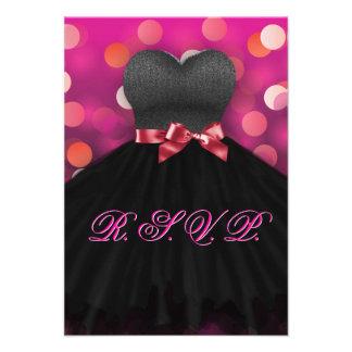 Cumpleaños negro RSVP del vestido del dulce diecis Anuncios Personalizados