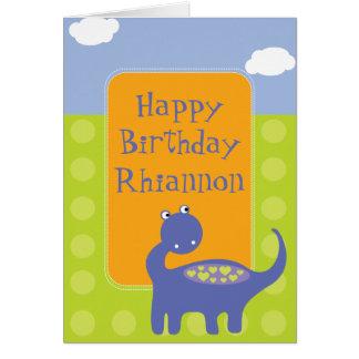 Cumpleaños púrpura del dinosaurio con los puntos tarjeta de felicitación