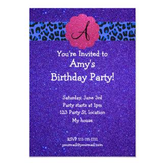 Cumpleaños púrpura del monograma del brillo comunicado