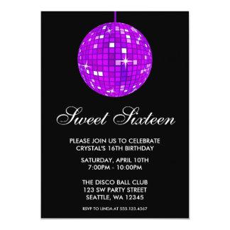 Cumpleaños púrpura y negro del dulce dieciséis de invitacion personal