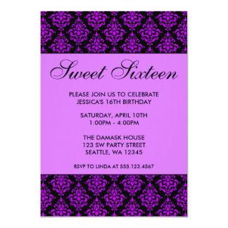 Cumpleaños púrpura y negro del dulce dieciséis del invitación personalizada