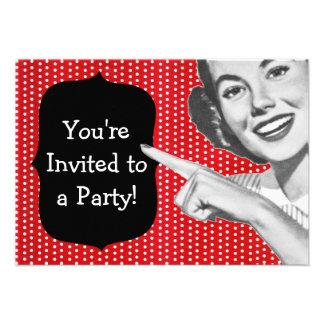 Cumpleaños retro de la mujer punteaguda invitación