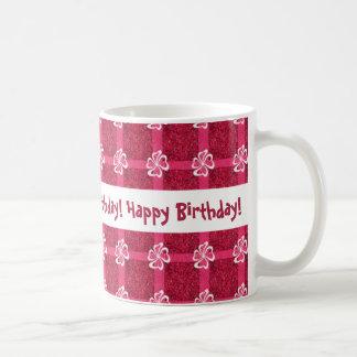 Cumpleaños rojo del fondo de la cinta rosada de la taza de café