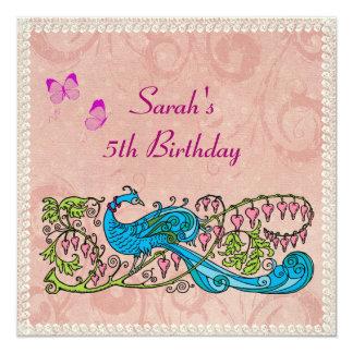 """Cumpleaños rosado de encaje del pavo real del invitación 5.25"""" x 5.25"""""""