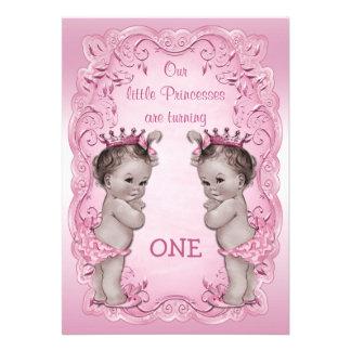 Cumpleaños rosado de princesa Twins del vintage 1r Invitaciones Personales