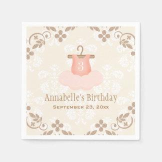 Cumpleaños temático del ballet con monograma del servilletas desechables