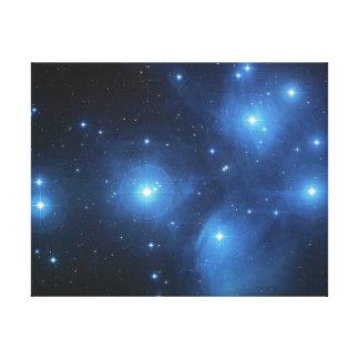 Cúmulo de estrellas de Pleiades Lona Estirada Galerías
