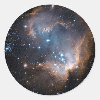 Cúmulo de estrellas del ángel el dormir pegatina redonda