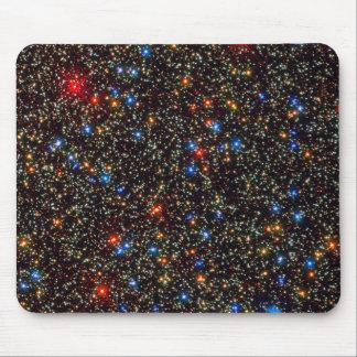 Cúmulo de estrellas gigante Centauri de Omega Tapetes De Ratón