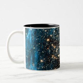 Cúmulo de estrellas globular NGC 1850 Taza De Dos Tonos