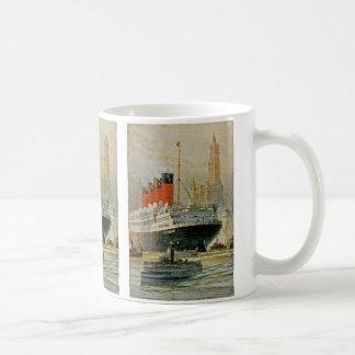 Cunarder at New York Mug
