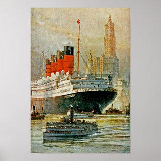 Cunarder en Nueva York Posters