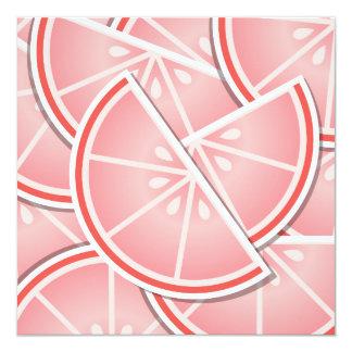 """Cuñas enrrolladas del pomelo rosado invitación 5.25"""" x 5.25"""""""