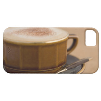 Cup of cappuccino with cocoa powder iPhone SE/5/5s case