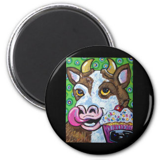 CUPCAKE COW 2 INCH ROUND MAGNET