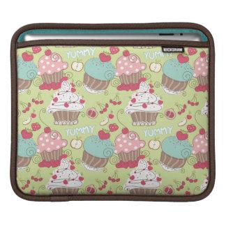 Cupcake pattern iPad sleeve