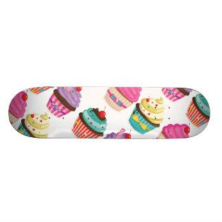 Cupcake Pattern Skateboard
