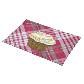 CUPCAKE PLAD PLACEMAT. RED  GINGHAM PLACEMAT