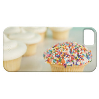 Cupcakes, focus on one in front with iPhone SE/5/5s case