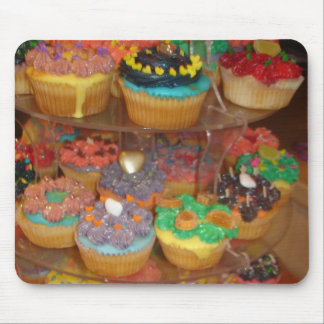 Cupcakes galore mouse pad