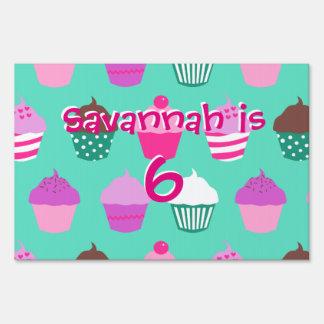 Cupcakes yard sign