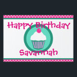 "Cupcakes yard sign<br><div class=""desc"">cupcakes design</div>"
