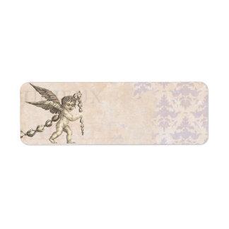 Cupid antiguo con un vintage de la guirnalda etiquetas de remite
