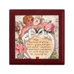 Cupid del vintage con la paloma y la letra de amor caja de joyas