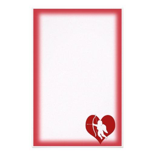 Cupid dentro de un corazón (añada su texto) papeleria de diseño