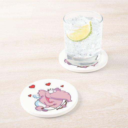 Cupid el elefante rosado posavaso para bebida