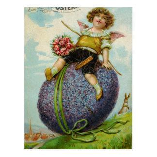 Cupid magnífico en el huevo de Pascua Postal