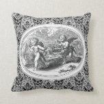 Cupids en un grabado de la antigüedad del paisaje almohadas