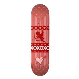Cupids y regalos lindos del el día de San Valentín Tablas De Skate