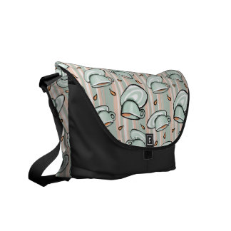 Cups Medley green Messenger Bag
