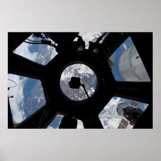 Cúpula internacional de la estación espacial póster