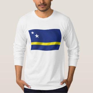 Curaçao señala la camisa por medio de una bandera