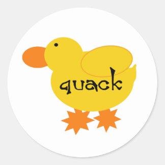 Curandero amarillo del pato etiqueta redonda
