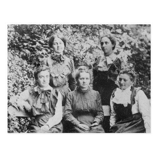 Curie de Marie Sklodowska con sus cuatro estudiant Postal