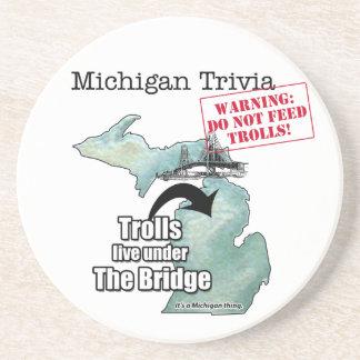 Curiosidades de Michigan: Los duendes viven debajo Posavasos Diseño