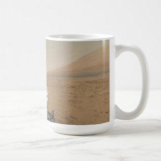 Curiosity on Mars Mug