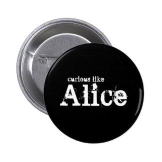 Curioso como el botón negro de Alicia Pins