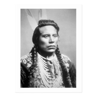 Curley, de la tribu del cuervo, uno de los explora tarjetas postales