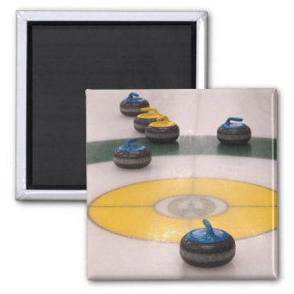Curling action magnets