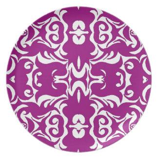 Curly Damask Graphic Art Design Wall Decor Purple Plates